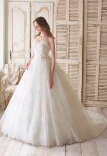 インポートブランドのウエディングドレス