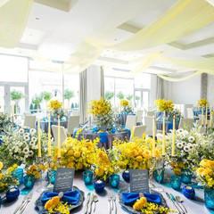 隣接するテラスと行き来自由なパーティ会場は開放感あふれる明るい空間に