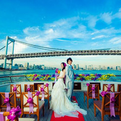東京ゲートブリッジ、東京タワー、レインボーブリッジ、東京の街を都響の海を二人の特別な日の舞台にできる贅沢。 360度に広がるパノラマの景色は、きっとお二人を本当の主役にしてくれます。
