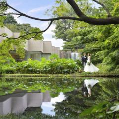 2000坪の庭園に佇む独立型チャペル「ザ・フォレスト」