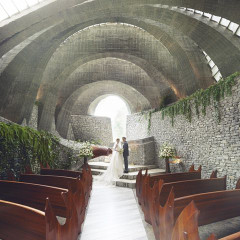 教会建築としても評価が高く、建築雑誌で度々取り上げられるほどの佇まい。