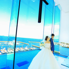 空と海を感じる最上階のチャペルで憧れの挙式を!