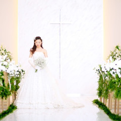 シンプルだからこそ花嫁が一層引き立つ