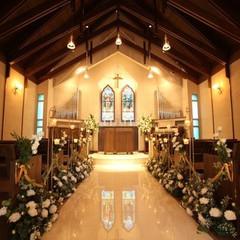 家族と仲間と少人数でも「たくさんの想い出ができる」ウイリアムモリス教会の結婚式