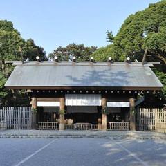 横浜総鎮守として歴史ある神社だからこその、神聖で厳かな挙式が実現できます。