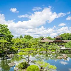 10,000坪の名勝指定庭園「神苑」を一望する披露宴会場が2018年9月リニューアル!