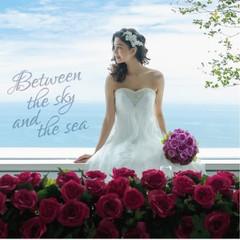 輝く太陽の光。吹き抜ける潮風。 宮崎の明るい太陽と空、海、美しい黒松の森。 自然に包まれながら行う結婚式は、 深い感動といつまでも続く鮮やかな記憶を 心に残してくれることでしょう。