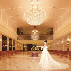 ホテルのメインロビー。トレーンも綺麗に映る、お勧めの写真スポット