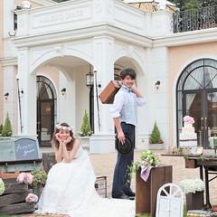 豊かな緑に囲まれた白亜の邸宅を貸切!ゲストと叶える笑顔溢れるウェディング。