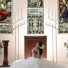 チャペル 120年以上の歴史を持つステンドグラス