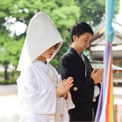 白無垢 黒紋付袴 神社