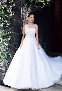 20a6343dd3a9b AIMER 柏店のウェディングドレスの レンタル・購入 byみんなのウェディング