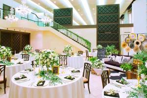 2017年度大阪府結婚式場部門総合第1位を受賞