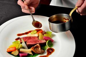三国料理(和食・洋食・中華折衷コース料理)