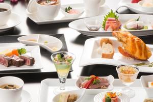 【ご年配のゲストも嬉しい】お箸も使える和洋折衷料理