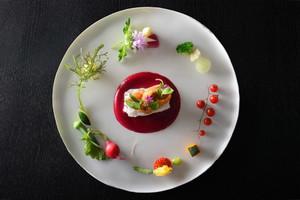TOBEオーベルジュリゾートのシェフ自慢のコース料理