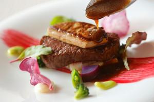 プリマディーバのシェフが作る口コミで人気のコース料理