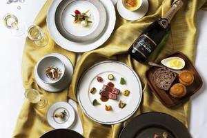 お箸で食べる「ジャポネフレンチ」