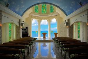 ≪海の青が美しい≫リザン・ル・アンジュマリー教会