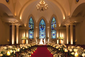 ローズガーデンクライスト教会 大礼拝堂