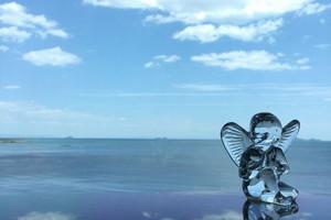 【青い海と空に見守られて】チャペル シーグレイス