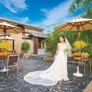 【衣裳ヘアメイク含む】結婚式と披露宴60名135万円プラン