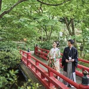 一生の思い出に!フォトウエディング。広大な庭園で素敵な写真!