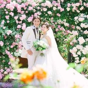 ローズに囲まれて夢に描いた結婚式を!