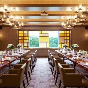 【25名様お見積例】上質空間でおもてなし料理を振る舞う結婚式