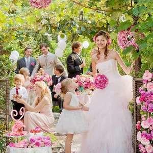 【お日にち限定】結婚式の一日をゲストと過ごせる二次会セット
