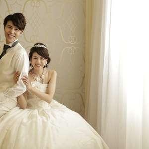 【結婚写真撮影】+【衣装】+【写真1枚】が5000円~!