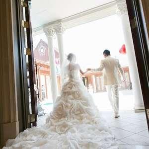 〈家族だけ〉での結婚式を考えているふたりにはこのプラン