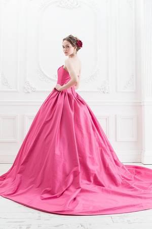 ピンク系 7枚目 【Cinderella & Co.】ラズベリーピンクのカラードレスSS5523LP