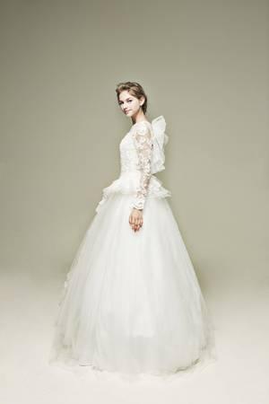 プリンセスライン  2枚目 ウェディングドレス