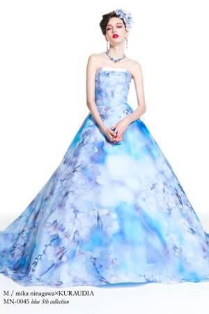 a17ce9617c635 青・ブルー系のカラードレス byみんなのウェディング(14ページ目)