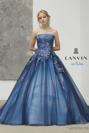 c57f0c4b16005 青・ブルー系のカラードレス byみんなのウェディング(13ページ目)