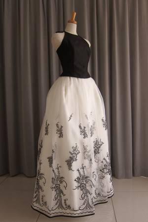 6枚目 Black silk taffeta top&embroidery oeganza dress