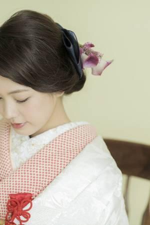 31枚目 桜花園に鶴