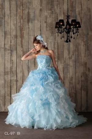 35798a734d4d8 青・ブルー系のカラードレス byみんなのウェディング(12ページ目)