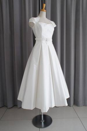 34枚目 Silk shantung midi dress
