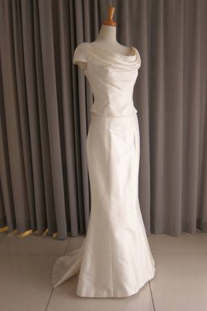 34枚目 Silk taffeta drape top&mermaid line dress