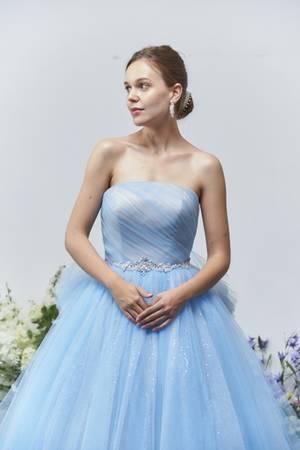 fb74fbc8eb621 青・ブルー系のカラードレス byみんなのウェディング