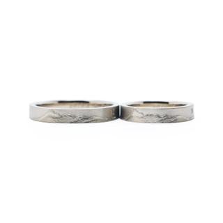 山の結婚指輪