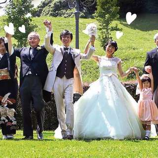 """ファミ婚プラス """"大切な家族と叶えるアットホームな結婚式"""""""