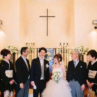 大切な方々に見守られながら 憧れの大聖堂での神聖な結婚式