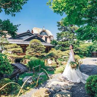 京都の名工が手掛けた回遊式の日本庭園