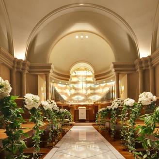 荘厳にして気品ある美しが特徴のイタリアの本格的ルネサンス様式のチャペル 生涯の思い出の舞台にふさわしい空間