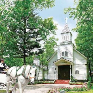 自然いっぱいの教会