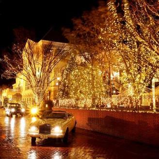 ウインターシーズンのブリティッシュタウンは22万個のイルミネーションに包まれる光のファンタジア