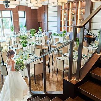 北海道で人気のレストランが岐阜県に初進出。「ようこそふたりの我が家へ」をコンセプトに会話や美食を楽しむ1日を。